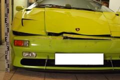 Lamborghini-Diablo-SV-Frontschaden-vorne-Anstoßhöhe-Detail